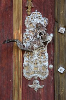 Free Carving, Wood, Door Knocker, Door Stock Photos - 125016483