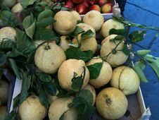 Free Fruit, Food, Produce, Natural Foods Stock Photos - 125016843