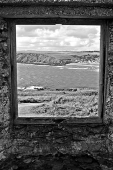 Free Black And White, Sky, Monochrome Photography, Window Stock Images - 125016844