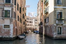 Free Waterway, Canal, Body Of Water, Water Royalty Free Stock Photos - 125016878