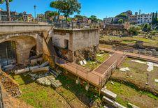 Free Ancient History, Ruins, Tree, Plant Stock Photo - 125017090