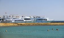 White Yachts Near The Beach In Red Sea Royalty Free Stock Image