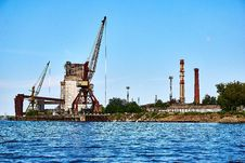 Free Waterway, Bridge, Crane Vessel Floating, Sky Stock Images - 125457424