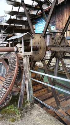 Free Iron, Wheel, Metal, Automotive Wheel System Royalty Free Stock Photography - 125596177