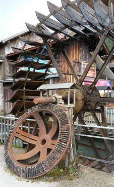 Free Iron, Wheel, Tree Royalty Free Stock Photos - 125596268