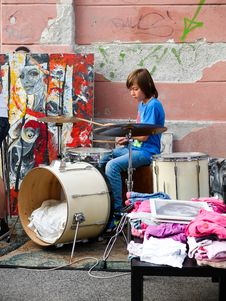 Free Drums, Drum, Girl Royalty Free Stock Images - 125839979