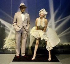 Free Fashion Model, Fashion, Performance, Performance Art Stock Photos - 125840813