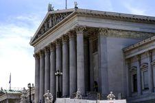 Free Classical Architecture, Landmark, Ancient Roman Architecture, Roman Temple Stock Photos - 125935043
