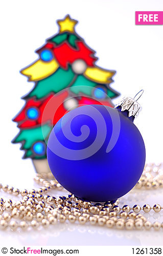 Free A Glass Ball And A Christmas Tree Royalty Free Stock Photos - 1261358