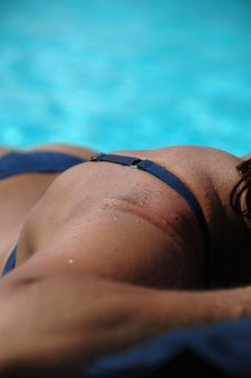 Free Woman Sunbathing Royalty Free Stock Photos - 1260248