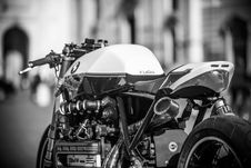 Free Grayscale Photography Of Bmw Motorcycle Royalty Free Stock Image - 126176186