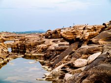 Free Landscape Photography Of Brown Rocks Royalty Free Stock Image - 126177646