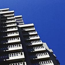 Free Gray High-rise Building Under Blue Sky Stock Photos - 126177833