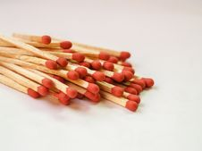 Free Photography Of Piled Red Matchsticks Royalty Free Stock Images - 126179069