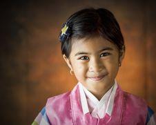 Free Girl Wearing Pink Hanbok Dress Royalty Free Stock Photo - 126179375