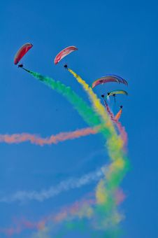 Free Photo Of Skydivers With Colourful Smoke Royalty Free Stock Photos - 126180448