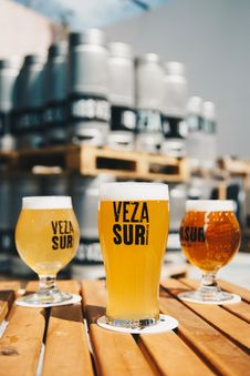 Free Three Veza Sur Beers Royalty Free Stock Image - 126182196