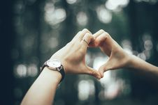 Free Close-Up Photography Of Person Doing Heart Using Her Hands Stock Photos - 126182773