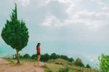 Free Photo Of A Woman At A Viewpoint Royalty Free Stock Images - 126182899