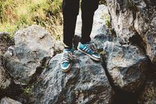 Free Person Standing On Gray Rock Stock Photography - 126183222