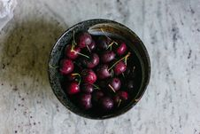 Free Red Cherries Stock Photography - 126184012