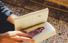 Free Person Holding Story Book Royalty Free Stock Photo - 126184165