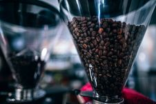 Free Brown Coffee Beans On Glass Container Royalty Free Stock Photography - 126186507