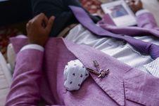 Free Person Wearing Purple Blazer Royalty Free Stock Photo - 126186935