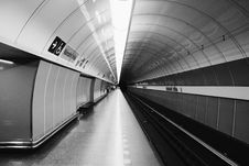 Free Grayscale Photography Of Subway Station Royalty Free Stock Images - 126188539
