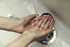Free Person Wash Hands Stock Photos - 126189033