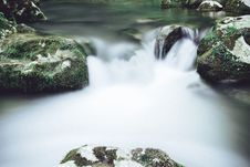 Free Long-Exposure Photography Of Water Flowing Royalty Free Stock Images - 126189889