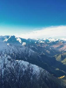 Free Aerial Photography Of Mountain Covered With Snow Royalty Free Stock Photography - 126190557