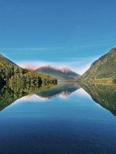 Free Calm Lake Stock Photo - 126190860
