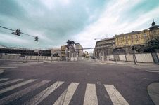Free Concrete Road Cross Intersection Stock Images - 126191364
