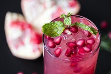 Free Close-up Photo Of Pink Juice In Clear Drinking Glass Royalty Free Stock Photo - 126191845