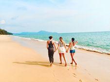 Free Three Women Walking On Seashore Under Blue Sky Royalty Free Stock Photography - 126191927