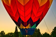 Free Red Hot Air Balloon Stock Image - 126192321