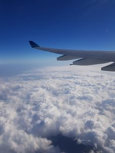 Free Aerial Photography Of White Airplane Wing Above White Clouds Stock Images - 126192814