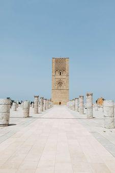 Free Beige Concrete Monument Royalty Free Stock Photo - 126192895