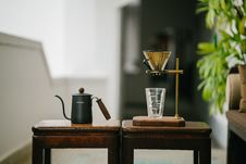 Free Teapot Beside Drinking Glass On Tables Royalty Free Stock Photos - 126193668