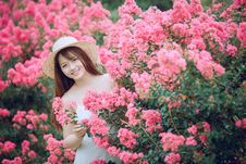 Free Woman Holding Flowers Stock Image - 126194661
