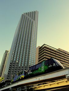 Free View Of Electric Train And Building Royalty Free Stock Photos - 126194668