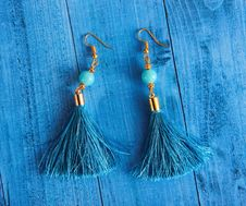 Free Close-Up Photography Of Blue Earrings Royalty Free Stock Photography - 126195177