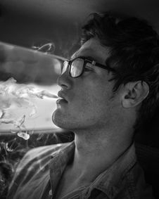 Free Monochrome Photography Of Man Smoking Royalty Free Stock Images - 126195779