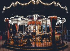Free Carousel With Lights Royalty Free Stock Photo - 126404555