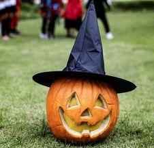 Free Jack-o -lantern On Grass Stock Photo - 126652480