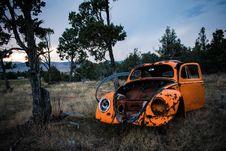 Free Rusty Orange Volkswagen Beetle Royalty Free Stock Images - 126652919
