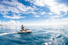 Free Two People Riding On Jet Ski Stock Photography - 126652952