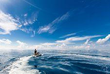 Free People Riding A Jet Ski Stock Photos - 126652973