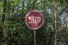 Free Red And White Stop Road Signage Royalty Free Stock Images - 126807899